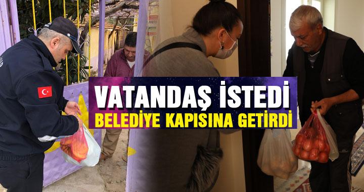 Akhisar Belediyesi 65 yaş üstü vatandaşların alışverişini yapıyor