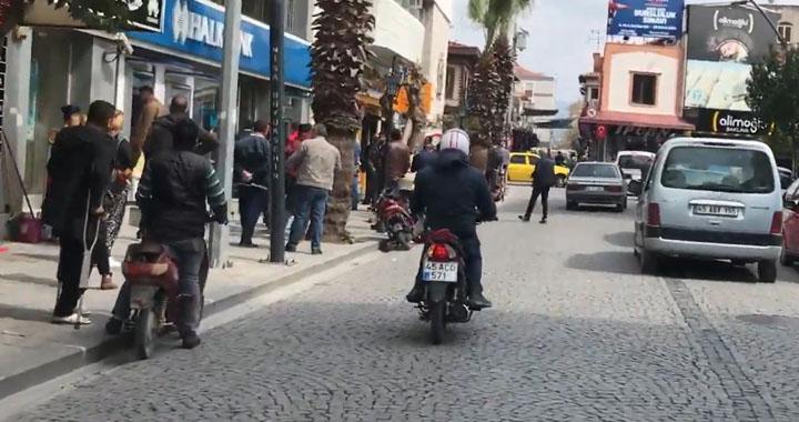 Şehit Teğmen Tahir Ün Caddesi araç trafiğine kapatılıyor