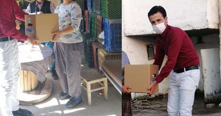 İYİ Parti Akhisar İlce Başkanlığı'ndan  ihtiyaç sahiplerine yardım kolisi