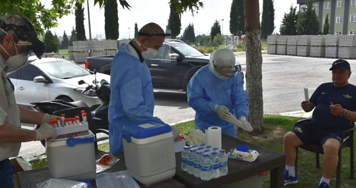 Akhisarspor, koronavirüs testinden geçti