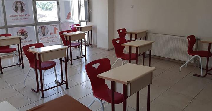 Uğur Kursta ortaokul öğrencilerine telafi ve hazırlık kursları