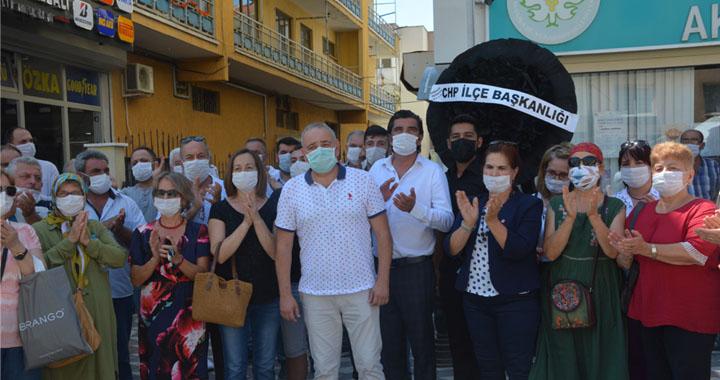 CHP İlçe teşkilatı, MASKİ'ye kadar yürüyerek basın açıklaması yaptı