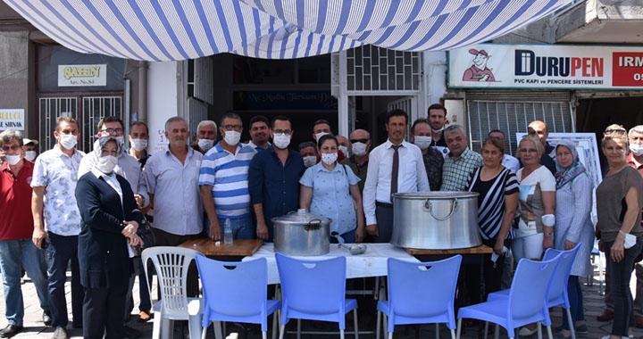 İYİ Parti Akhisar teşkilatından aşure hayrı