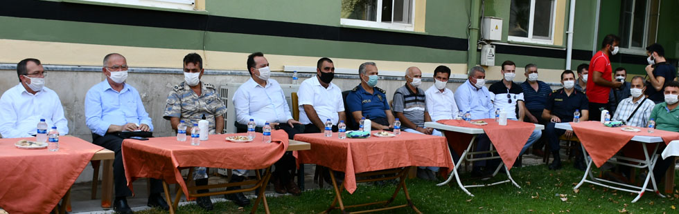 Akhisar protokolü Akhisarspor'un geleceği için toplandı