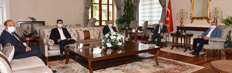 Aydemir ve AK Parti İlçe Yönetiminden Vali Karadeniz'e ziyaret