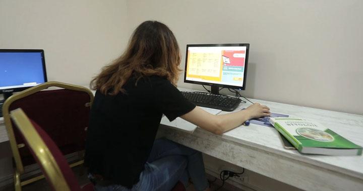 Akhisar Belediyesi, öğrencilerin uzaktan eğitimi için ücretsiz internet hizmeti verecek