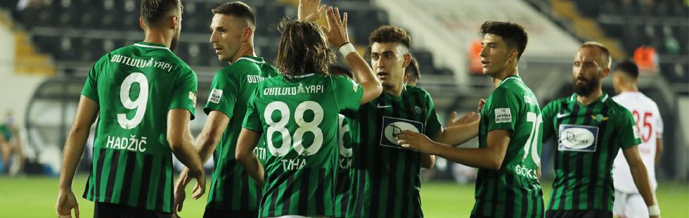 Akhisarspor 3 puanla tanıştı 2-0