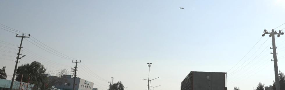 Akhisar'da havadan drone ile yol denetimi yapıldı