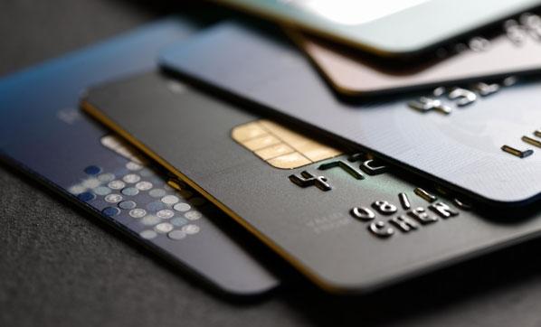 Kredi ve kredi kartları ile ilgili flaş karar! Düşürüldü
