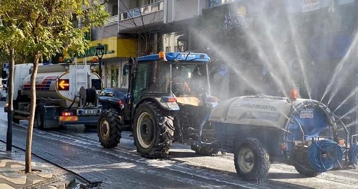 Akhisar Belediyesi hafta sonunda da sahadaydı