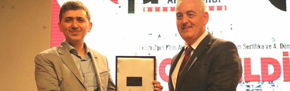 Muhammed Emin Altunkaynak ,Van da ki Kısa film yarışmasında ikincilik ödülü kazandı