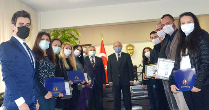 E-twinning Avrupa kalite etiketleri ve ulusal kalite etiketleri törenle verildi