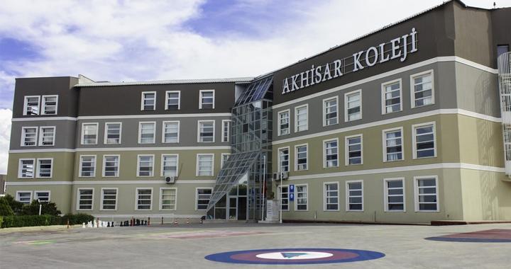 Akhisar Koleji yüz yüze bursluluk sınavına hazır