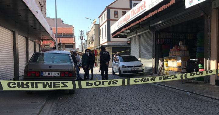Akhisar merkez çarşıda silahlı çatışma