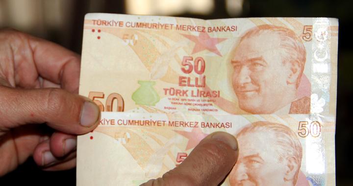 Hatalı basım 50 liraya alıcı bekliyor