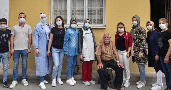 AK Kadınlar ve AK Gençlik, babaların gününü kutladı
