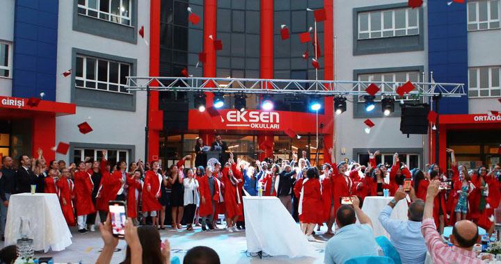Eksen Koleji'nde mezuniyet ve gençlik festivali heyecanı