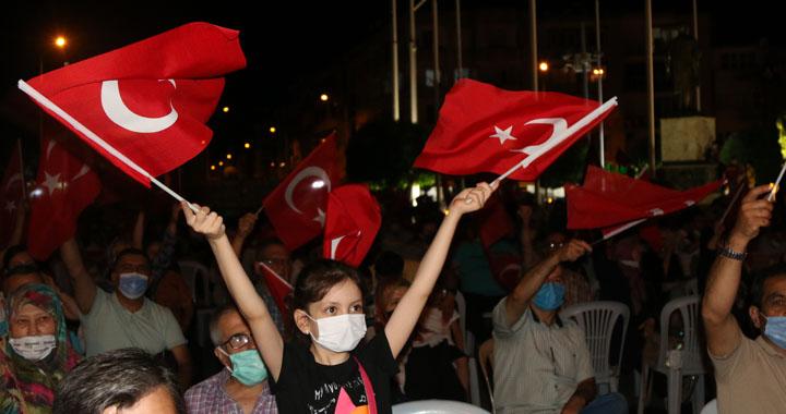 Akhisar'da 15 Temmuz Demokrasi ve Milli Birlik Günü 5.yılında anıldı