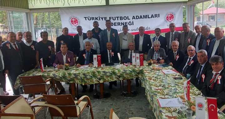 TÜRFAD, 15 Başkanlar kurulu toplantısını Karamürsel'de yaptı