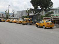 Akhisarlı Taksiciler 800 TL Olan Yıllık Harca Tepki Gösterdi