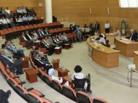 Akhisar Belediye Meclisi Stadyum Devir Yetkisini Başkan Hızlı'ya Verdi