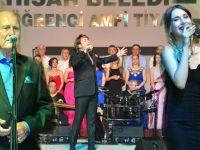 Akhisar Musiki Derneğinden Yaza Merhaba Konseri