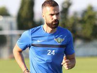 Serdar Kesimal; Akhisarspor kolej havasında Bir takım, burada mutluyum