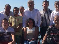 Akhisar Belediye Başkanı Salih Hızlı engelliler kampını ziyaret etti