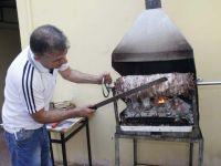 Erzurum'un cağ kebabını Akhisar'a taşıdılar