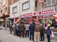 Akhisar'da Mostar Boşnak Börekçisi hizmete açıldı