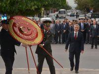 Cumhuriyet Bayramı öncesi çelenk töreni