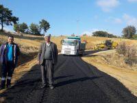 Akhisar'ın 3 Mahallesi'nde asfalt çalışması