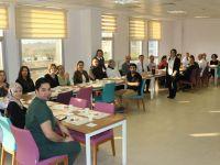 Akhisar'da Türkiye Diş Hekimliği Günü kutlandı
