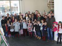Akhisar Belediyesi Sanat Galerisinde Çocuk Resim Sergisi açıldı