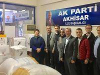 AK Parti, Halep yardımlarını Kızılay´a teslim etti