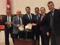 Aydemir; CHP milletten korkuyor