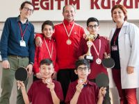 Özel Yüksel Ortaokulu Masa Tenisi Takımı Manisa Şampiyonu oldu
