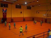 Satır Mustafa ve Taksi Zeki 2. Futsal Turnuvası başladı