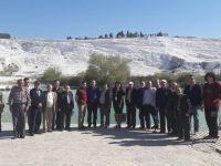 Huzurevi sakinleri, Aybek Turizm ile Pamukkale'deydi