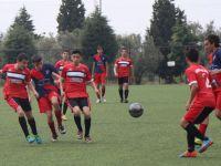 Yıldırımspor, U14'de üzdü, U16'da sevindirdi