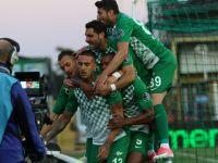 Akhisarspor, konuk ettiği Aytemiz Alanyaspor'u 3-0 mağlup etti