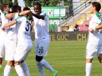 Akhisar Belediyespor evindeki son maçta Karabükspor'a 3-2 yenildi