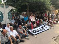 CHP Akhisar teşkilatı oturma eylemi yaptı