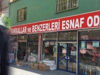 "Zafer Kara'dan klipli kutlama, ""Akhisar esnafıyla güzel"""