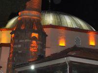 Akhisar'da Tarihi Camilere Büyükşehir Eli Değdi