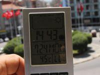 Akhisar sıcaklık 45 gölgede ise 39 derece ölçüldü