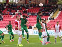 Hazırlık maçında Teleset Mobilya Akhisarspor 2-0 mağlup oldu
