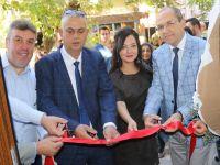 Akhisar'da bir ilk! Kitap ve Kafe açıldı