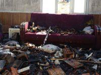 Hacı İshak Mahallesindeki yangında ev küle döndü