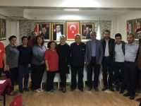 AK Parti ilçe teşkilatından Kızılay'a kan bağışı